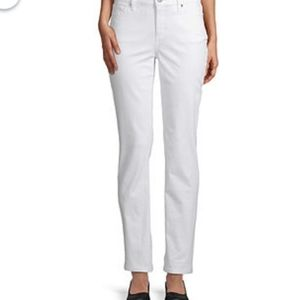 NWT St John's Bay Relaxed Fit Stone White Jeans